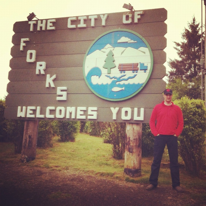 Forks Washington sign