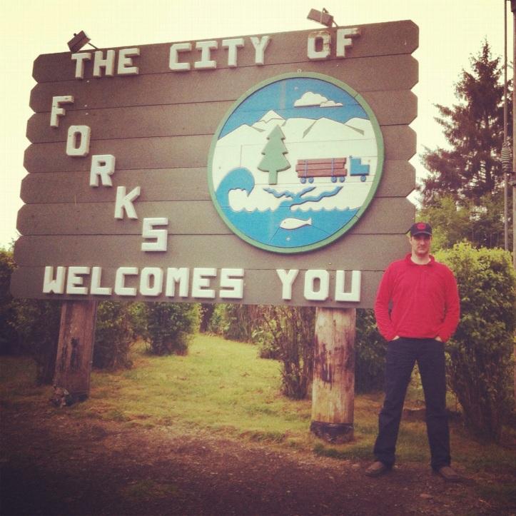 Forks Washington sign