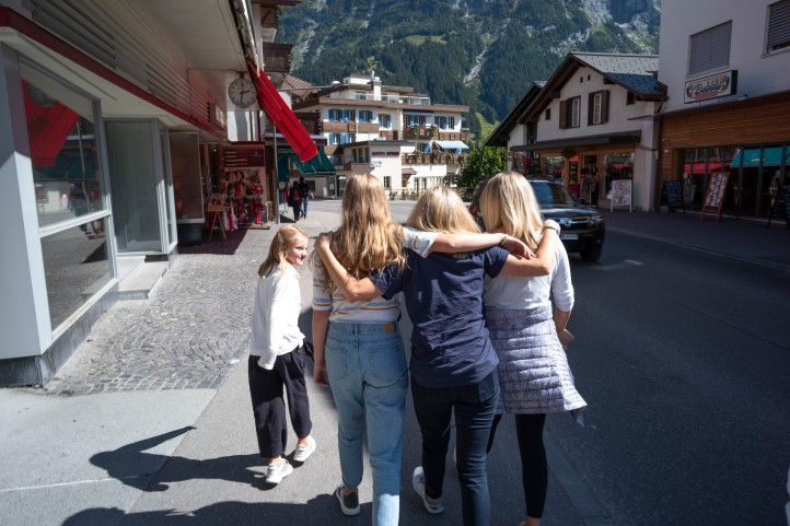 Sam walking with Lily Bailey and Kimi in Grindelwald Switzerland September 2018